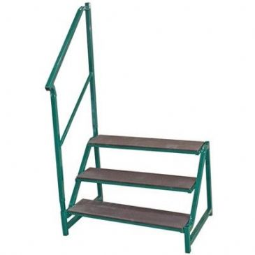FREE-STANDING 3 TREAD STEP GREEN